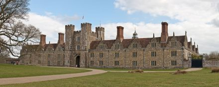 Knole,_Sevenoaks_in_Kent_-_March_2009